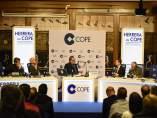 Page abre la puerta a debatir un cambio de legislación electoral en España: 'Hay