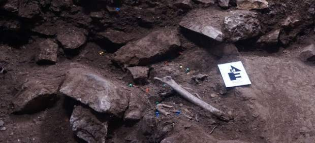 Descubren un entierro colectivo de hace 3.000 años en Vimbodí i Poblet (Tarragon