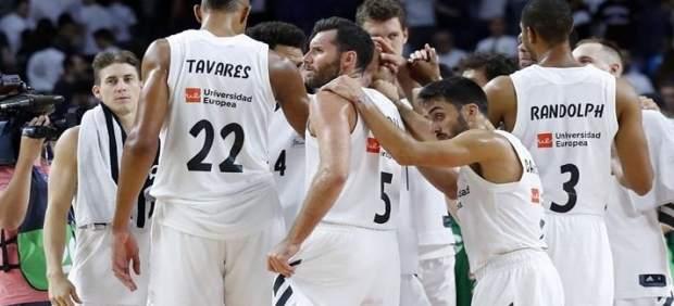El Real Madrid de baloncesto se expone a perder la Liga y la Copa de 2015 por el 'caso Slaughter'