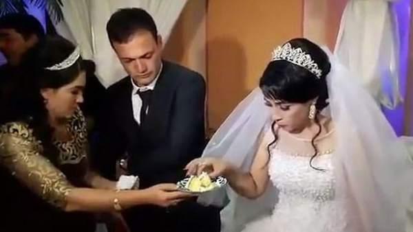 70ba40523c Vídeo  Abofetea a su novia en plena boda