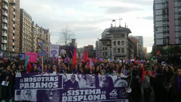 Asturies va dicir 'non' al retrocesu de derechos de la muyer na manifestación co