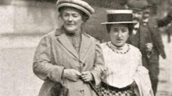 Clara Zetkin y Rosa Luxemburgo (Wikipedia)