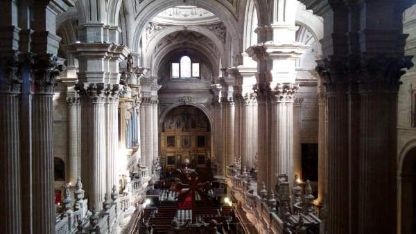 Interior de la Catedral desde las galerías altas en una imagen de archivo.