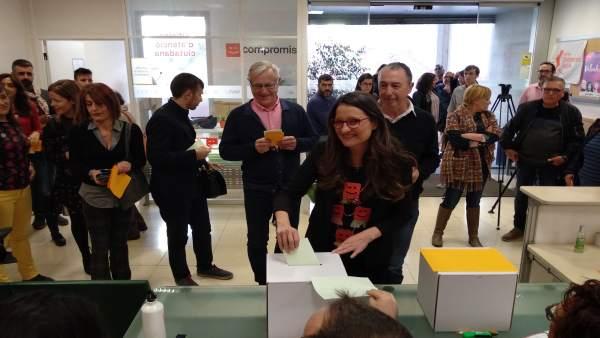 Más de 29.000 personas han votado en la fase online de las primarias de Compromí