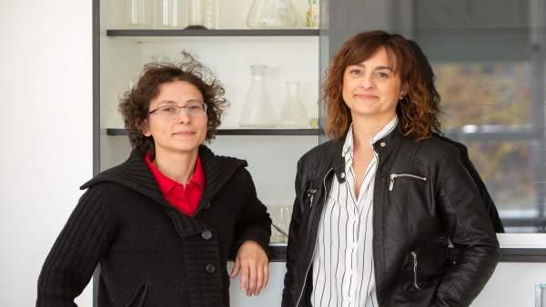 Dos profesoras de la UPNA, autoras de una publicación sobre la enseñanza de las