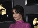 Camila Cabello posando en los Grammy