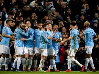 El Manchester City celebra su triunfo ante el Schalke 04.