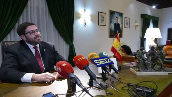 El PP de Ávila presentará una moción de censura contra el presidente de la Diput
