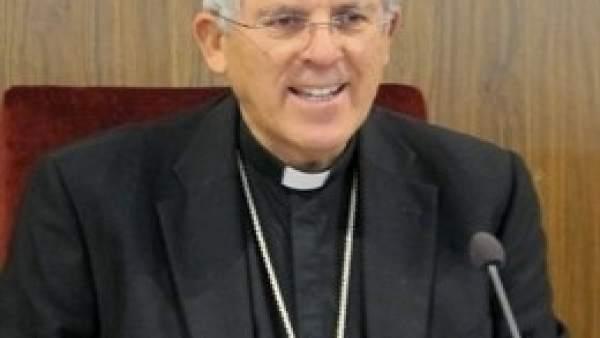 Arzobispo Toledo dice que la solución a los abusos a menores pasa por una 'neces