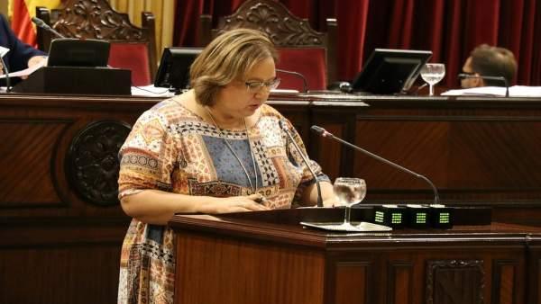 La diputada del Grupo Mixto, Montserrat Seijas, en el Parlament
