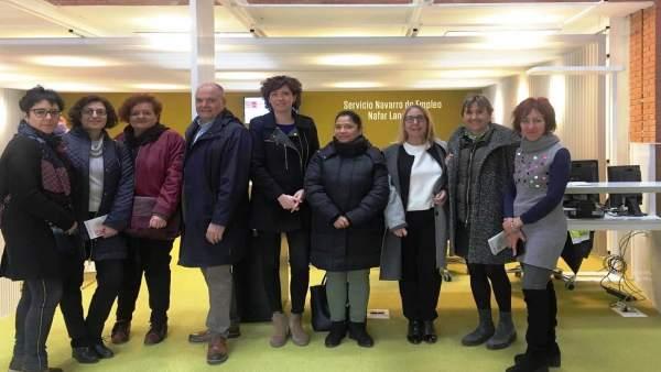 Parlamentarios visitan la Agencia Integral de Empleo Iturrondo, que ofrece todos
