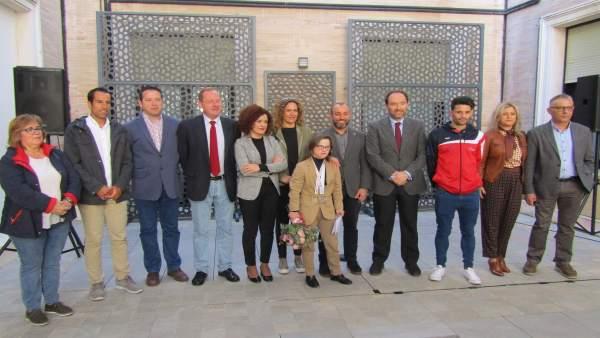 Huelva.- Autoridades, deportistas y compañeros del CODA reciben en la Diputación