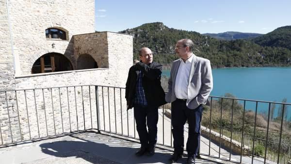 Lambán conoce el proyecto social y económico impulsado por UGT en Ligüerre de Ci