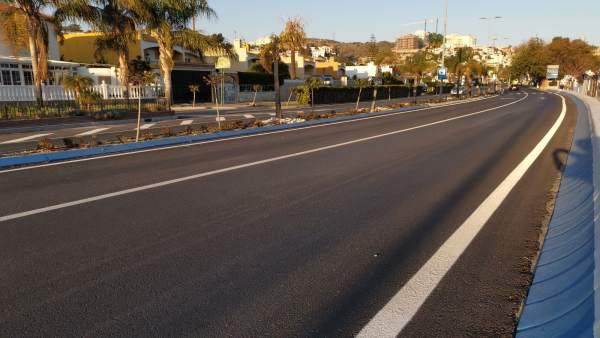 Málaga.- Finalizan las obras de asfaltado en un tramo de la avenida Málaga en Ri