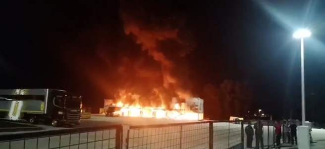 Incendio en el circuito de Jerez.
