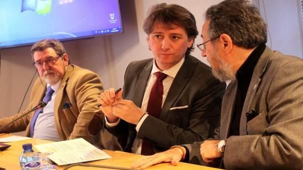 Foto mía. De izda a dcha, José Antonio Martín, Carlos Martínez y Carlos de la Ca