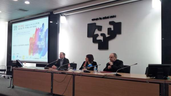 Obispo Uriarte hace autocrítica sobre el papel de la iglesia ante ETA y reivindi