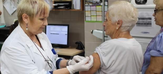 La vacuna antigripal de esta temporada tiene una efectividad de entre 32% y 43%