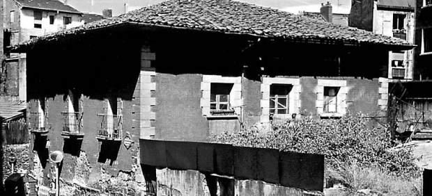 -- 'El Amparo Y Sus Cocineras' En La Sala Ondare Pone El Foco En La Historia De