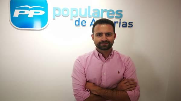 El PP dice que el mitin de Sánchez en Gijón fue una escenificación de la películ