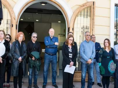 Minut de silenci a Godella (València) pels xiquets assassinats en la localida