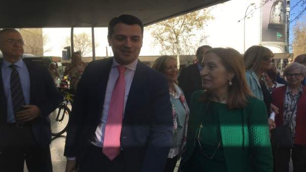 Córdoba.- Bellido exige al gobierno que ceda el centro cívico a la Hermandad de