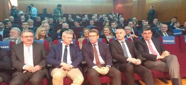 Feijóo anuncia una oficina física en Galicia para asesorar a empresas ante el 'b