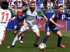 El Alavés vence en Huesca