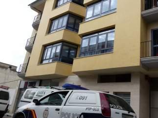 Sucesos.- Un policía fuera de servicio sofoca un incendio en una vivienda de Man