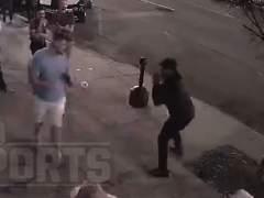 Taylor Hearn, noqueado en pelea callejera