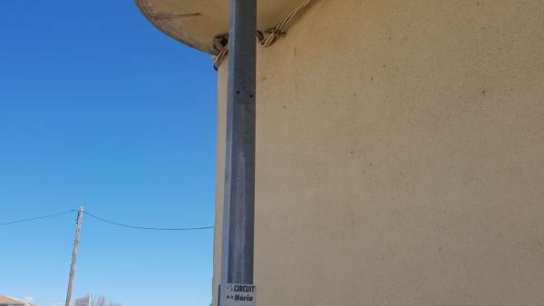 Torrelameu (Lleida) denuncia la retirada de esteladas y señales de 'Pareu'