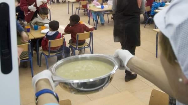 Andalucía apuesta por externalizar el servicio de comedor escolar a ...