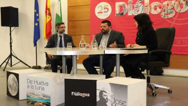 Huelva.- El experto en Astrofísica de la Onubense José María Madiedo comparte su