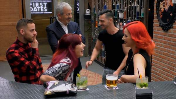 Sergio, Yaiza, Carlos Sobera, Abraham y África, en 'First dates'.