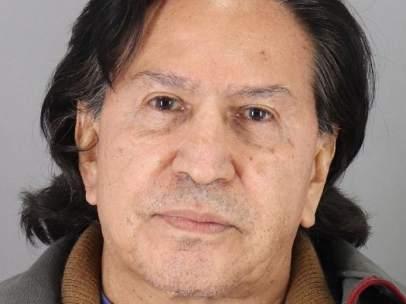 Detenido Alejandro Toledo en estado de embriaguez