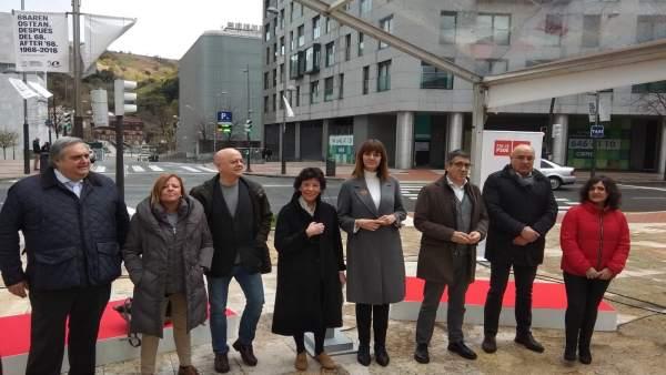 Mendia critica la 'soberbia' de PNV al proclamarse 'único defensor' de Euskadi y