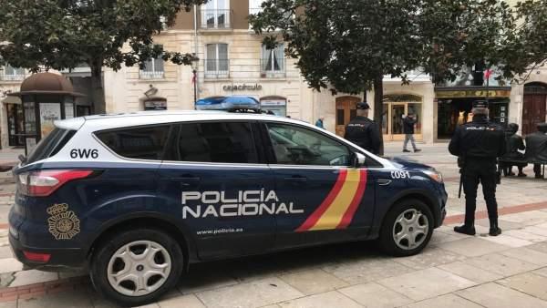 Sucesos.- Cuatro detenidos en Burgos tras dar una paliza a un joven que sufrió l
