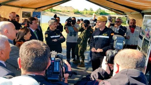 La UME concluye su trabajo de recogida de camalote 'dejando el río limpio' y pid