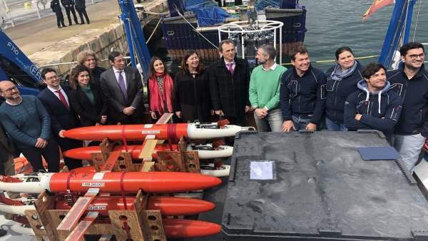 Duque visita el buque RV Socib dedicado a la observación y predicción costera de