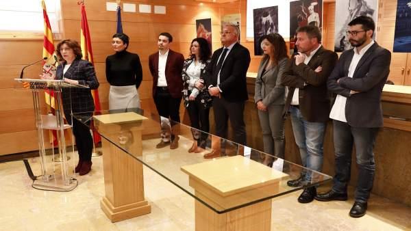 Los partidos políticos con representación en el Parlamento aragonés sucriben un