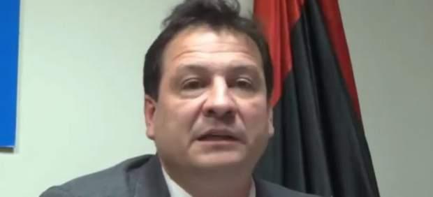 Las opiniones homófobas y negacionistas del último fichaje de Vox, el historiador Fernando Paz