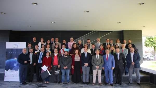 Sevilla.-Parlamento apoya la instalación de una de las incubadoras de empresas d
