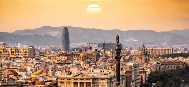 Más allá de la Sagrada Familia: diez planes que no puedes perderte en Barcelona.