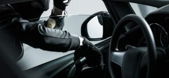Me han robado el coche: ¿qué debo hacer?