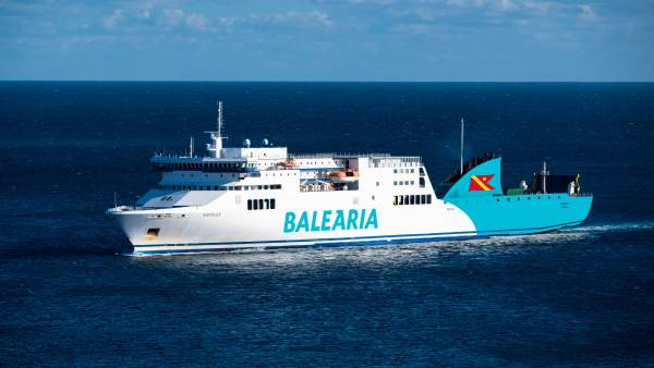 Huelva.-Puertos.- Baleària y Fred. Olsen Express incorporan el primer ferry a ga