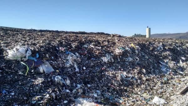 Fiscalía denuncia por suposto delito ambiental o vertedoiro de Miramontes e a pl