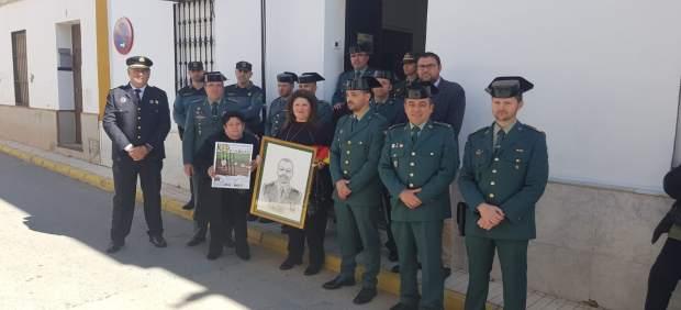 Sevilla.- Homenajean al guardia civil que falleció al rescatar tres personas en