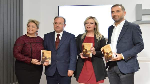 Huelva.- Un libro profundiza en las claves y circunstancias de la gestación del