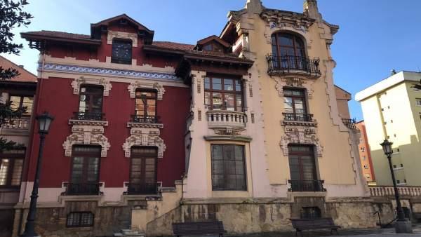La Fundación Gustavo Bueno nun abre les sos puertes a Rosón (Somos) en presencia