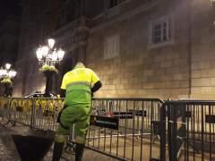 Retiran lazos amarillos en Barcelona